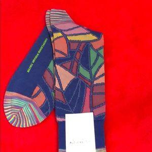 NWT!! Robert Graham designer trouser socks